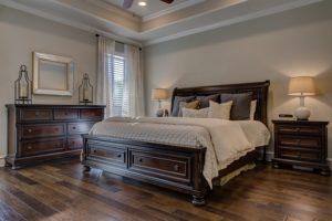 בסיס מיטה זוגית מעץ מלא