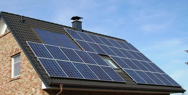 למי מתאים מערכת סולארית ביתית