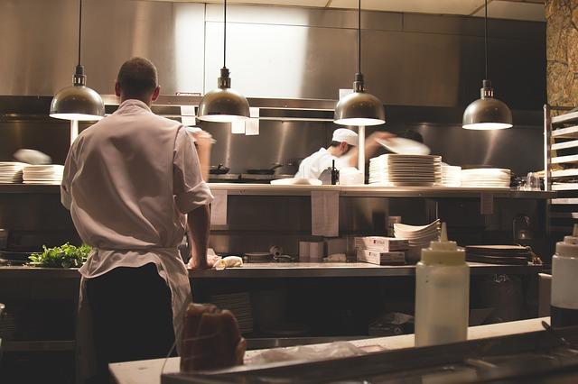 מטבח חוץ – מספק את כל הנדרש לחצר