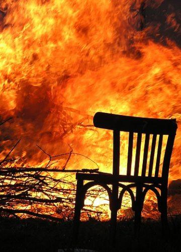ניקוי לאחר שריפה