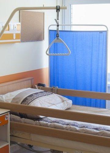 מעקה למיטה – למה זה חשוב?