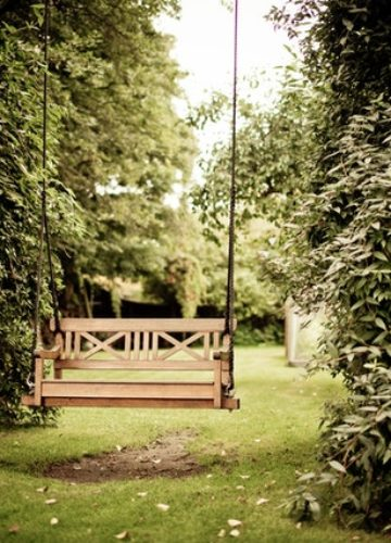 5 פתרונות הצללה לגינה – מה הכי מתאים לכם?